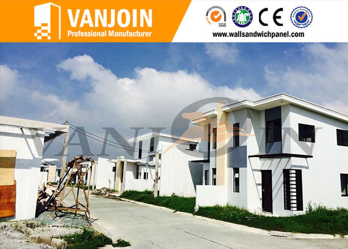 Long Lifespan Modern Prefab House With Light Steel Structure And Sandwich Wall Panel